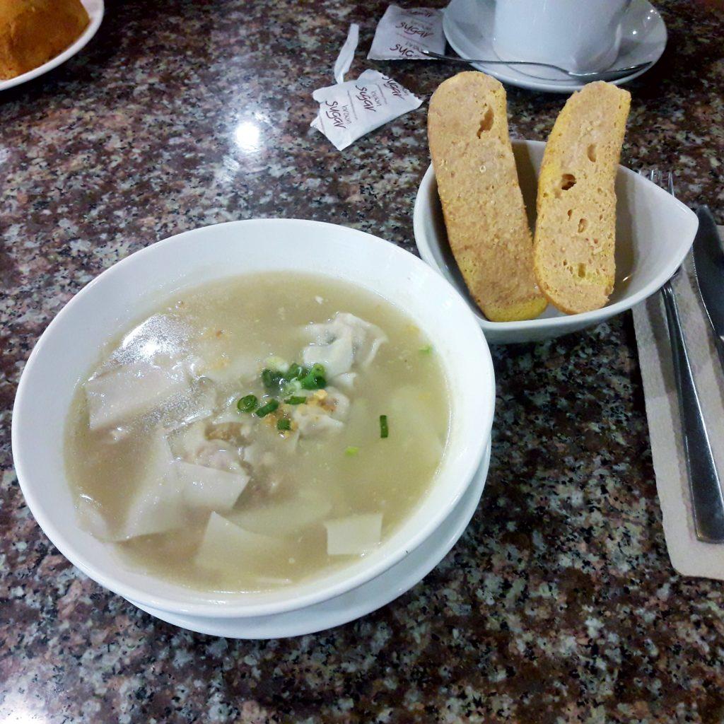 Cafe Iloilo Pancit Molo and Bischocho