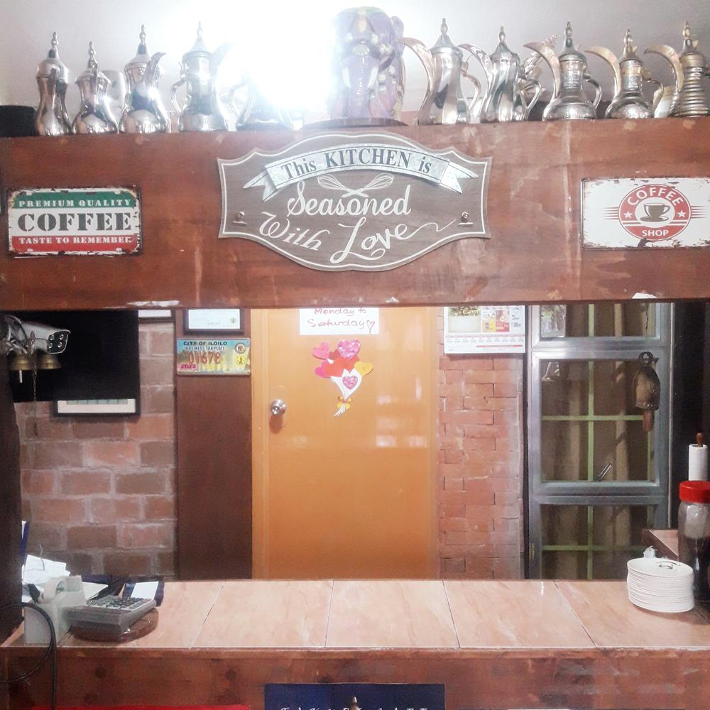 takuri cafe kitchen