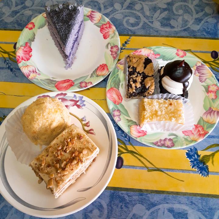 pastries birdhouse