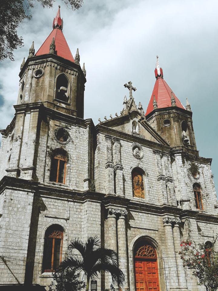 Molo Church Side