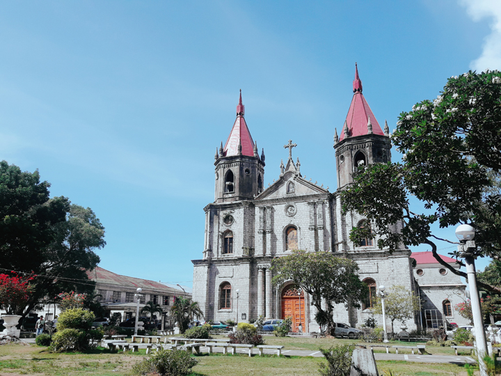 Molo Church and Plaza Side
