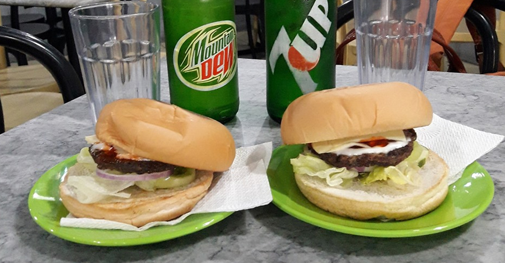 Glor's Hamburger and Broadway Cafe: Passionate about Burgers