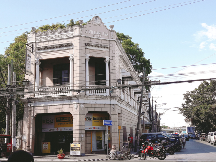 s villanueva building