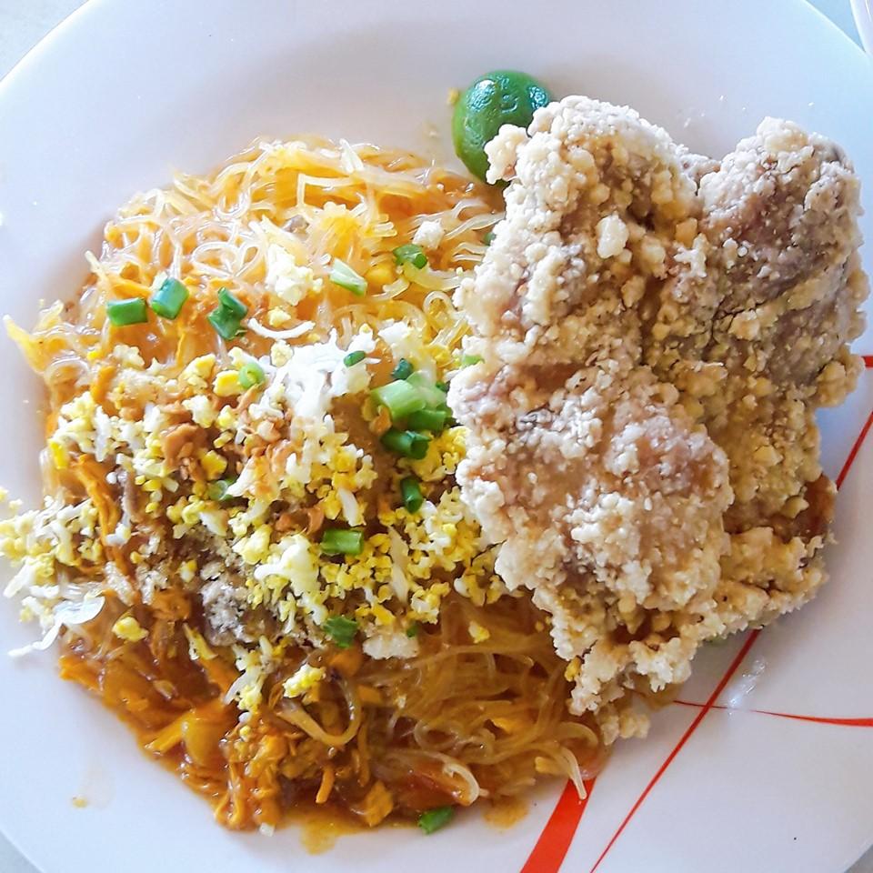palabok and chicken
