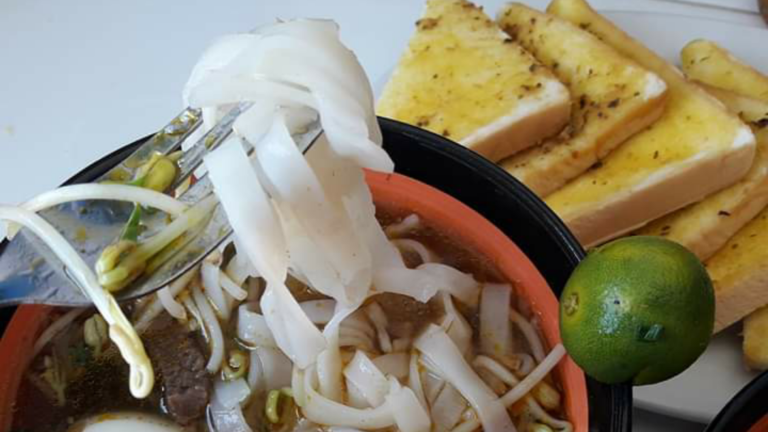 Ali's Chao Long: Magic Mix of Garlic, Sweetness and Spice