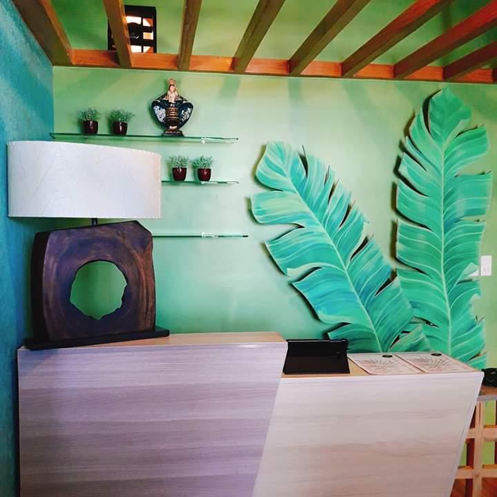 leaf healing spa reception
