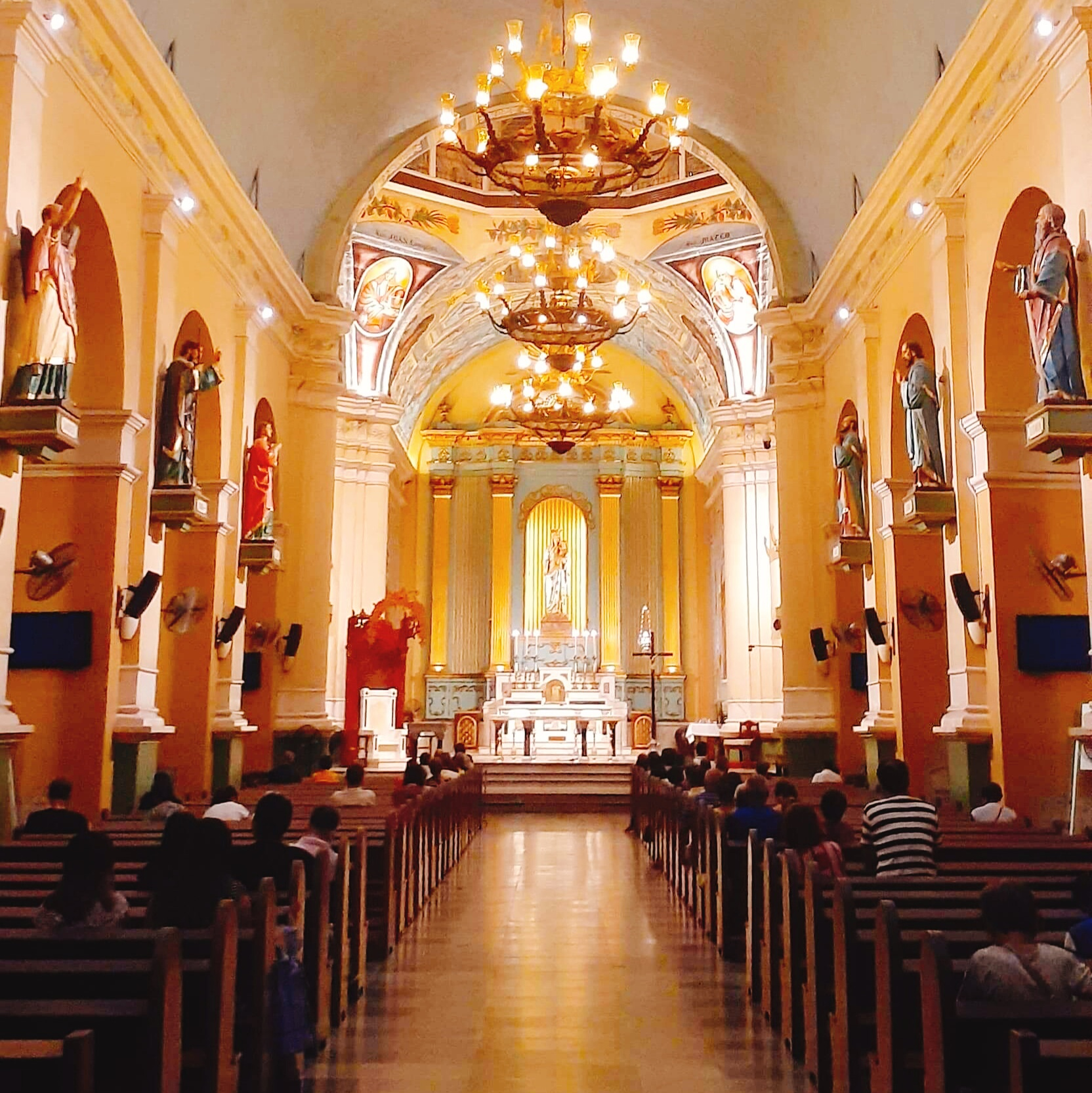 Inside jaro cathedral social distancing