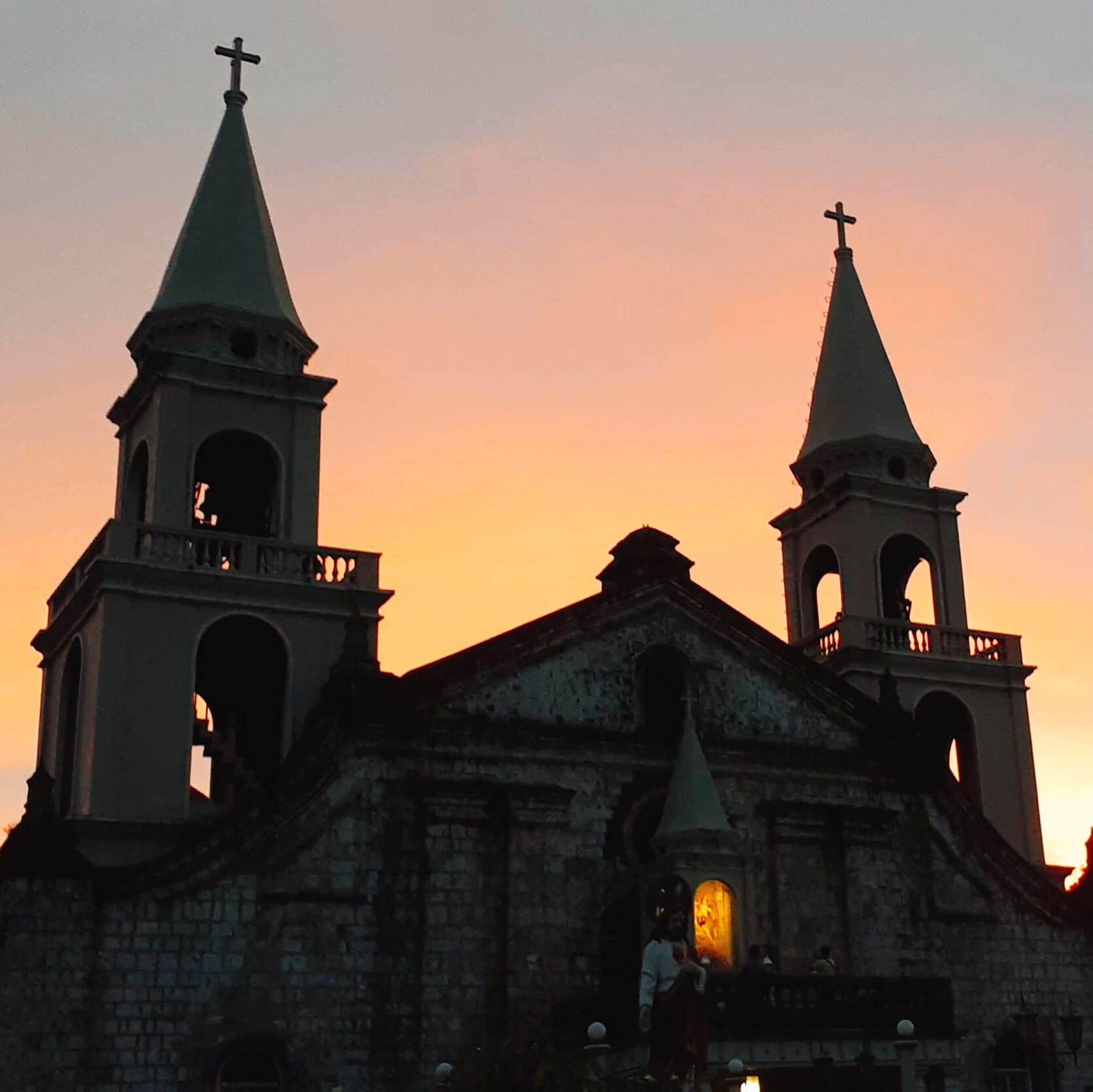 Jaro cathedral sunset