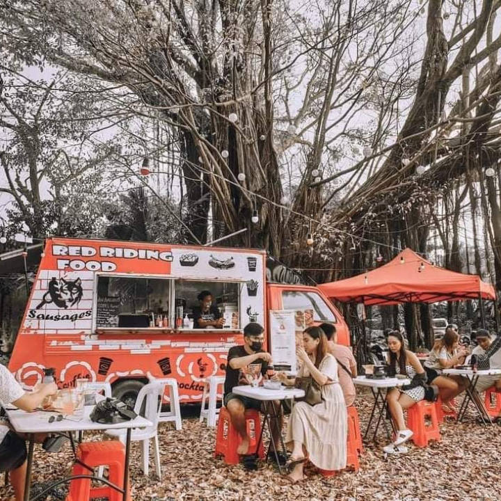 Red Riding Food Truck