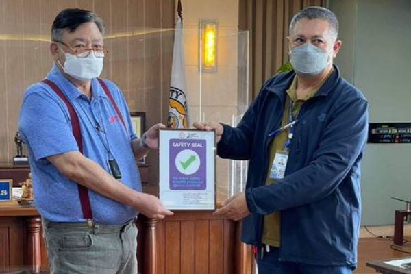 Iloilo City Hall Conferred with Safety Seal